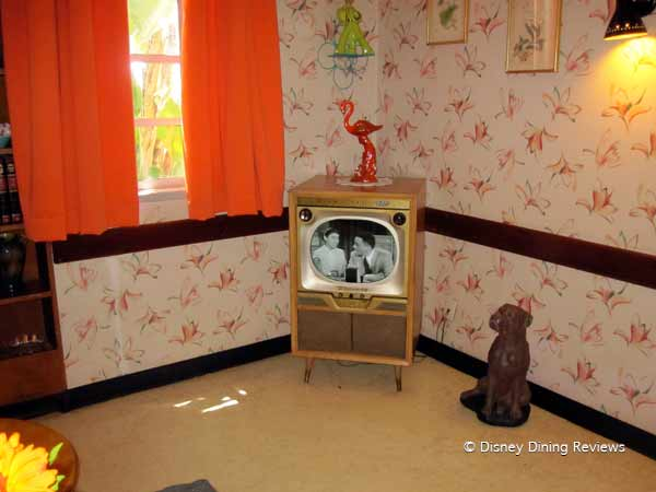 50-prime-time-waiting-area-tv-on