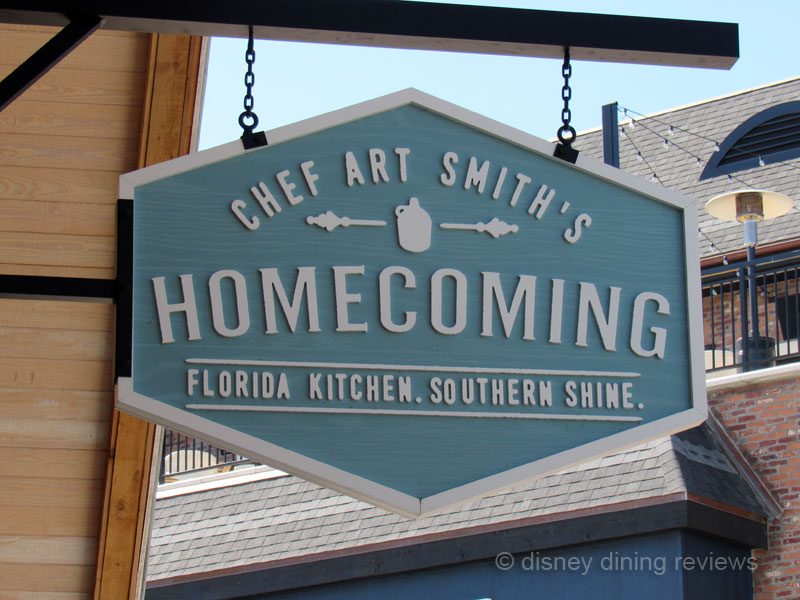 art-smith-homecoming-sign