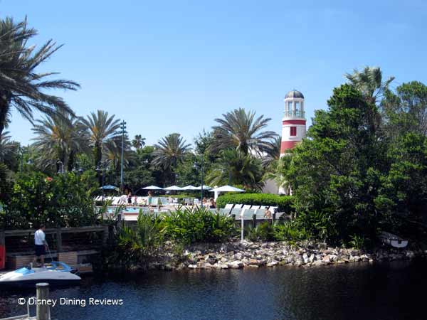 olivias-okw-pool-lighthouse