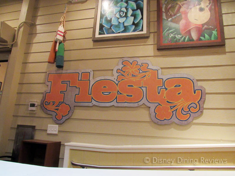 paradiso-37-tableside-fiesta-sign