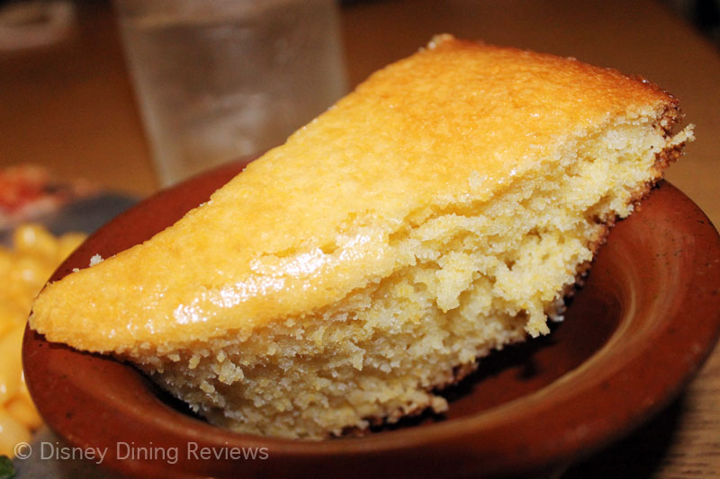 te-dinner-buffet-cornbread-piece-2